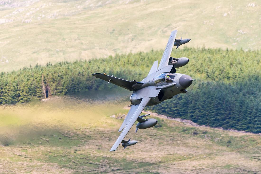 RAF Panavia Tornado GR4 ZA614/076